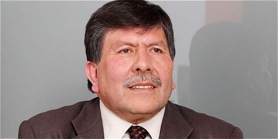 Denuncian por soborno a exabogado de Víctor Carranza