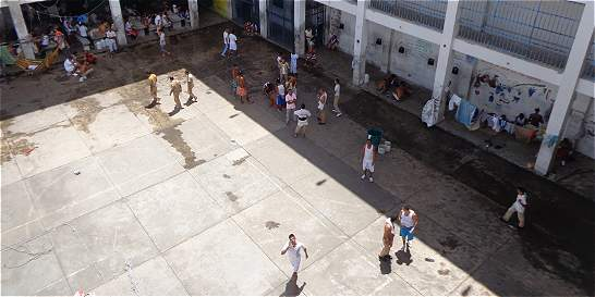 Corte da plazo para responder a denuncias de presos de la Tramacúa