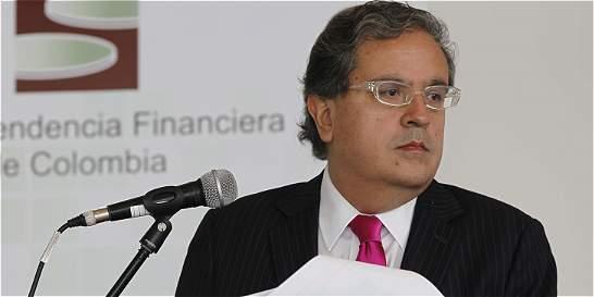 Fiscalía abre investigación contra Superfinanciero por caso Interbolsa
