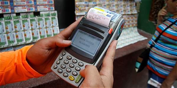 EE. UU. reitera alerta por lavado de dinero a través del chance ilegal