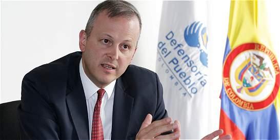 'Población civil no puede ser pretexto para presionar cese bilateral'