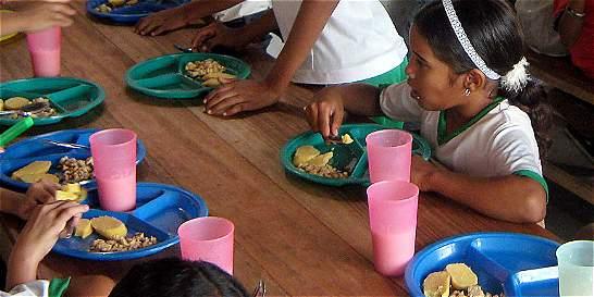 Así se roban la comida de los niños en siete departamentos del país