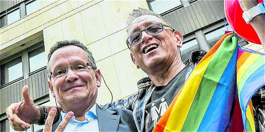 Uniones solemnes de parejas gais ya son consideradas matrimonios