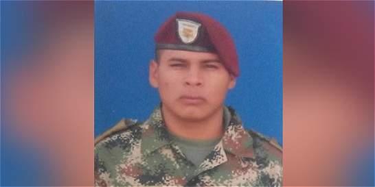Un soldado muerto y siete más heridos deja alud de tierra y piedra