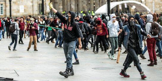 Vándalos, con licencia para colarse en la protesta social