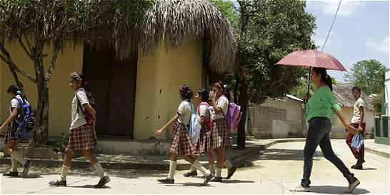 Defensoría pide mejorar infraestructura escolar en los Montes de María