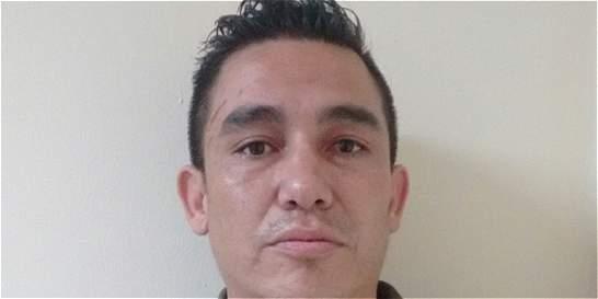 Autoridades capturan 'brujo' que estafó a pareja de adultos mayores