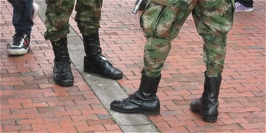Militares y policías se quedaron sin principio de oportunidad