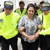 Mensajes enredan a esposa del director de Medicina Legal asesinado