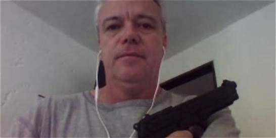 Las polémicas imágenes de alias Popeye posando con armas