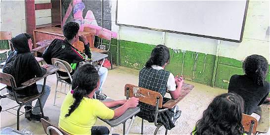 Nadie responde por pérdidas en construcción de colegios en La Guajira
