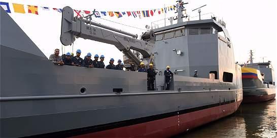 Armada pone en operación dos buques construidos en Colombia