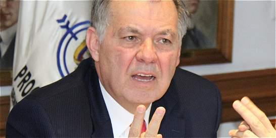 Procurador señaló al Gobierno y a las Farc de 'presionar' su salida