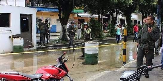 Dos heridos deja granada lanzada contra puesto de Policía en Saravena