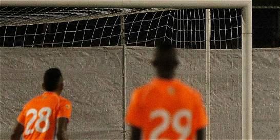 Por líos, el Envigado congela giros hasta del Real Madrid