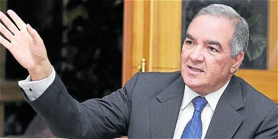 Contralor propone revolcón en las contralorías regionales