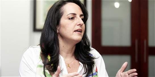 María F. Cabal no se retractaría de sus palabras sobre el Ejército