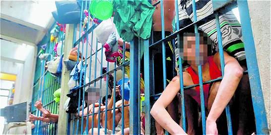 Corte pone freno a detenciones indefinidas en estaciones de Policía