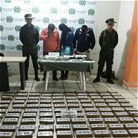 Capturan a mujer que estafaba a narcotraficantes en Nariño