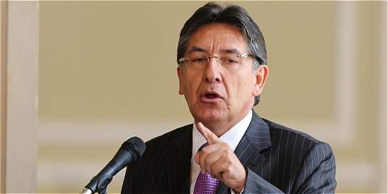 'Fiscalía no ha propuesto modelo de justicia transicional'