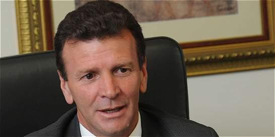 Carlos Palacino llegó a la Fiscalía a indagatoria