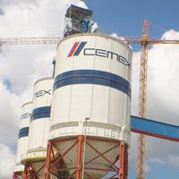 Cemex usó testaferros para comprar tierras baratas en zona minera