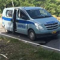 Atacan a funcionarios del Inpec e interno que trasladaban en el Meta