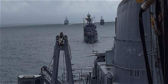 Armada realizó ejercicios de entrenamiento en el Océano Pacífico