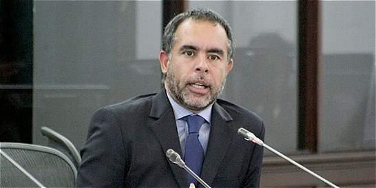 Fraude podría enredar al senador Armando Benedetti