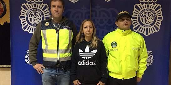Muerte de 8 policías se le sindican a guerrillera capturada en España