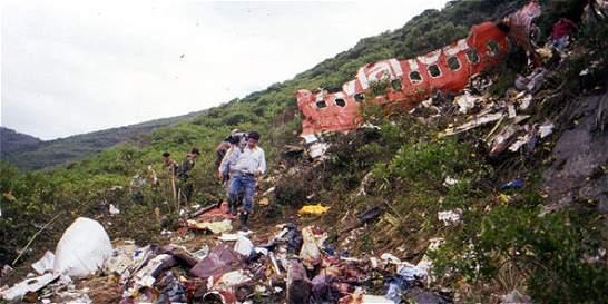 Familias de víctimas de ataque a avión de Avianca piden respeto