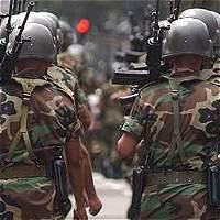 Capturan por cobro irregular de pensiones a 20 militares