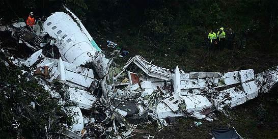 Con un prófugo y vacíos, Bolivia cierra caso LaMia por accidente aéreo