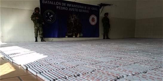 Ejército ubica dos toneladas de explosivos del 'clan Úsuga'