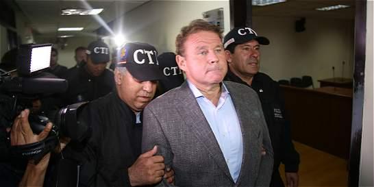 Otto Bula dictó a un preso la carta que entregó al CNE