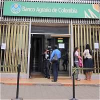 Interrogan a Marcela Ferrán por préstamo de Banco Agrario a Navelena