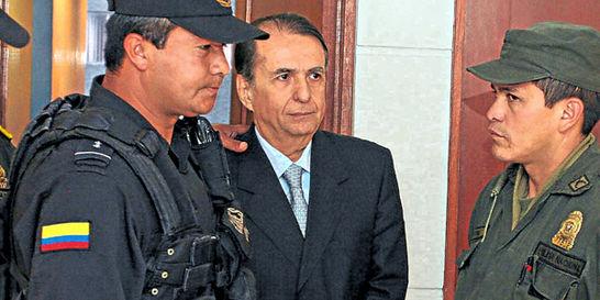 Santofimio, condenado por crimen de Galán, pide casa por cárcel