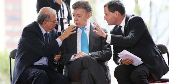 ¿A quién escucha el presidente Santos? / En secreto