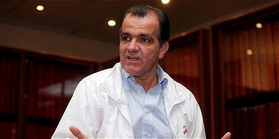 Óscar Iván Zuluaga reanuda agenda, pero no asistirá a más debates