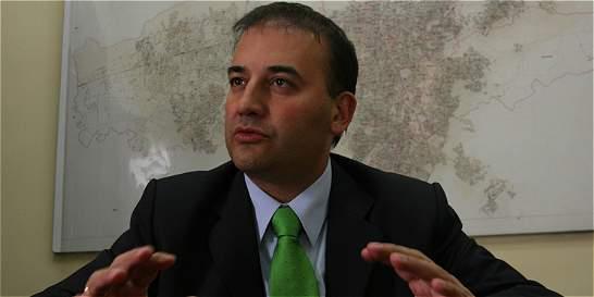 Tutela no se está interpretando bien: Carlos Alberto Baena
