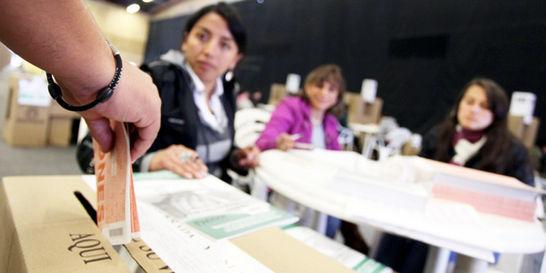 El 36 % de los inscritos a elecciones son mujeres