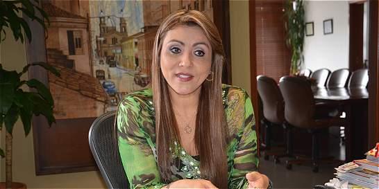 Recusan a la alcaldesa de Armenia por proceso electoral