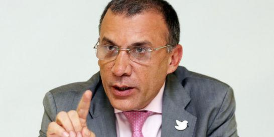'En manos de cada colombiano estará la posibilidad de parar la guerra'