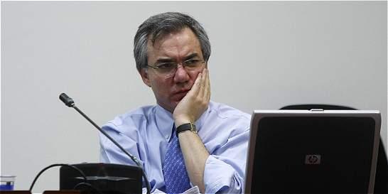 Diego Palacio está interesado en acogerse a la justicia transicional