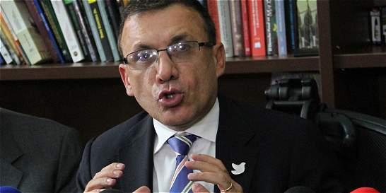 Bancada de 'la U' respalda cambios en el gabinete de Santos