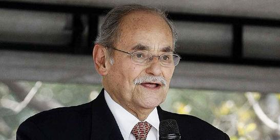 Hospitalizan a Horacio Serpa, codirector del Partido Liberal
