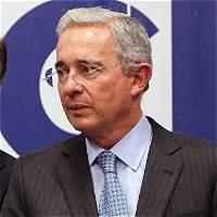 Precisiones del senador Álvaro Uribe sobre una columna de Vivanco