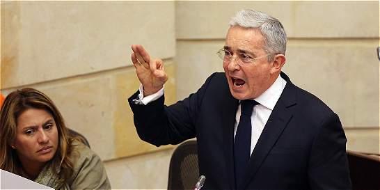 Uribe niega haber dicho que Santos compró el Nobel