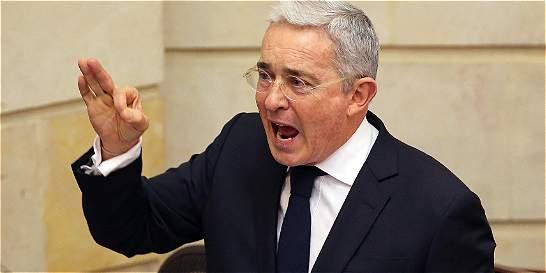 Uribe hace nuevas revelaciones sobre acusaciones de corrupción