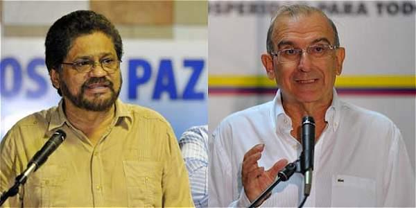 Iván Márquez (izq.) y Humberto de la Calle (der.) jefes de los equipos negociadores en la Habana.